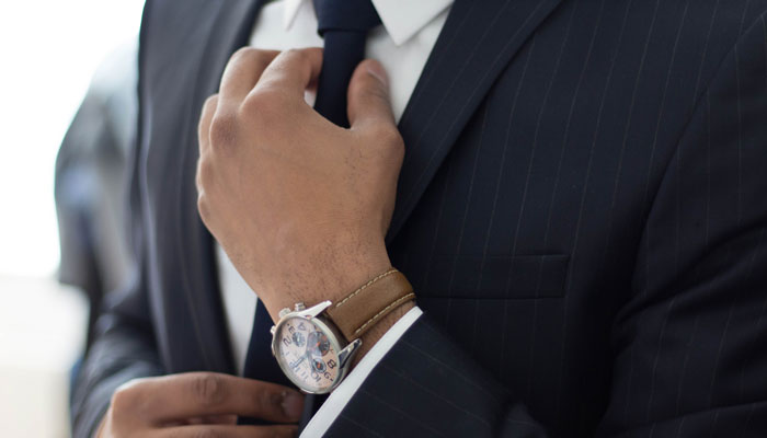 Führungskraft klassisch im Anzug mit Krawatte