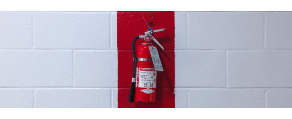 Kurz erwähnt: Habt ihr einen Feuerlöscher parat? Der internationale Tag des Feuerlöschers