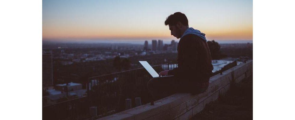 E-Mail-Bewerbung: Mit diesen 5 Tipps, gelingt dir  deine nächste Bewerbung per E-Mail