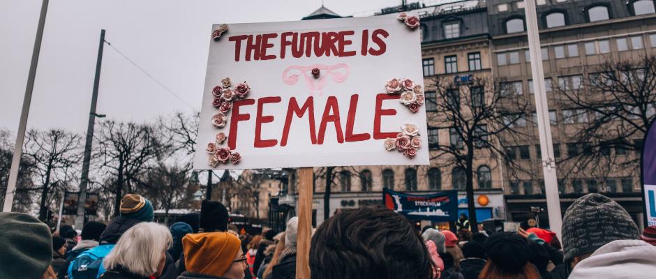 Nicht ernst genommen und hinterfragt: Warum Frauen in Führungspositionen weniger akzeptiert sind
