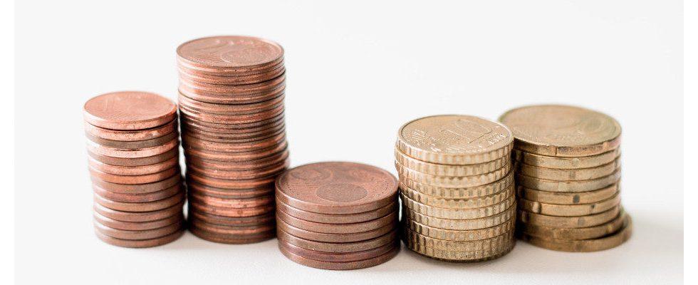 Lohnangleichung in Deutschland: Die Spanne zwischen Hoch- und Niedriglohn wird kleiner