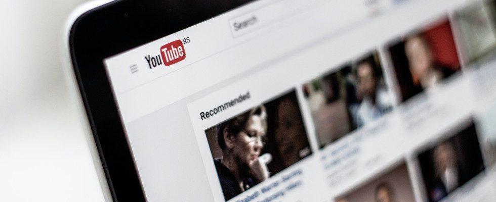 Hunderttausende Videos von AI zu Unrecht entfernt: YouTube setzt wieder mehr auf Menschen