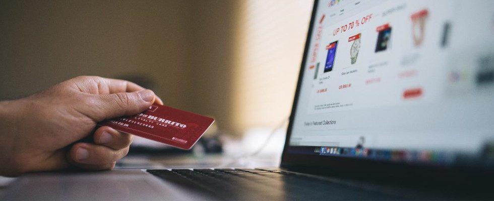 """""""Einmal gelerntes neues Einkaufsverhalten wird nicht so schnell wieder abgelegt"""" – Nadine Wolanke von Salesforce im Interview"""