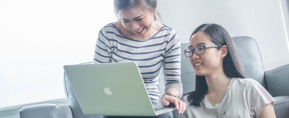 Whitepaper: Optimiere die Customer Experience und steuere deine Online-Reputation