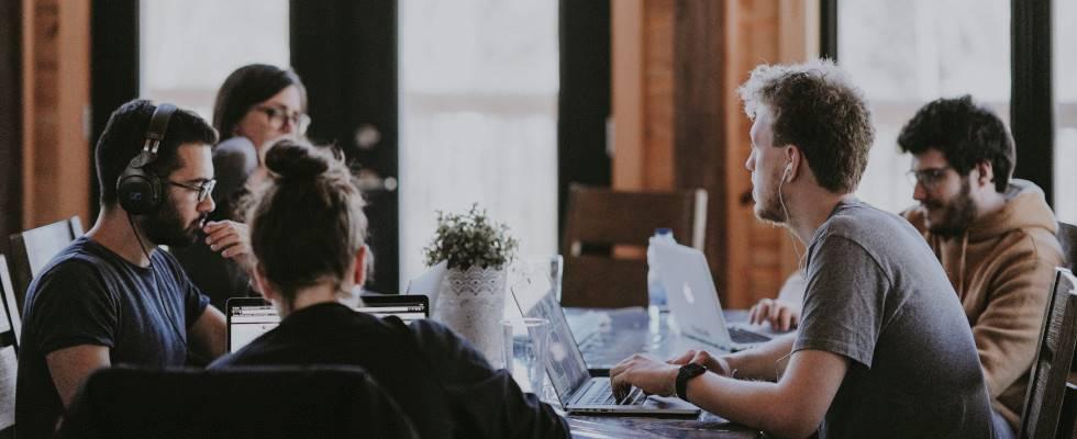 Warum interne Workflows eine direkte Auswirkung auf die Kund:innenzufriedenheit haben