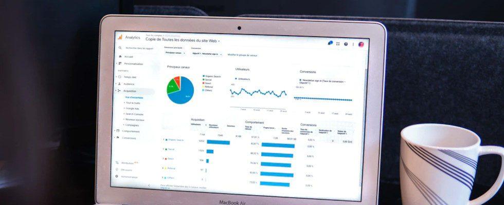 Google Analytics 4: Umstellen mit Bedacht oder der Haken mit den Daten