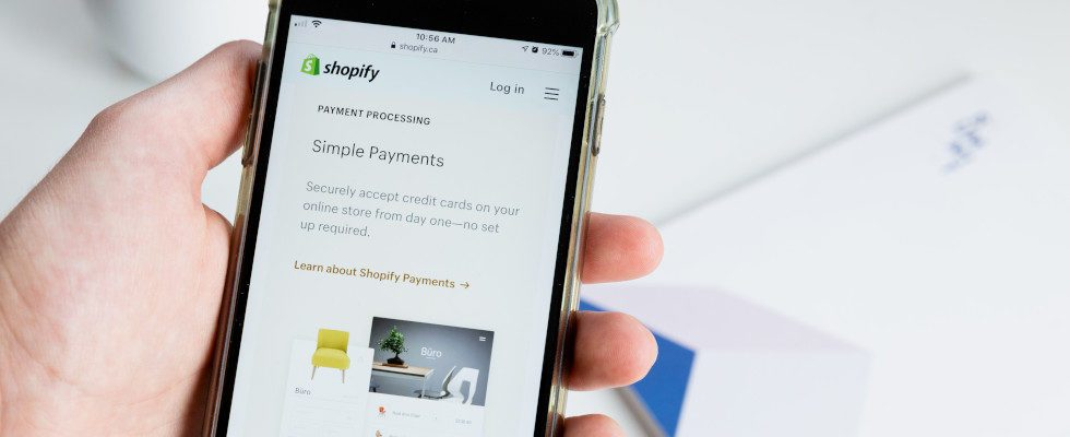 Statt Facebook Pay: Shopify Pay launcht für Instagram und Facebook Shops