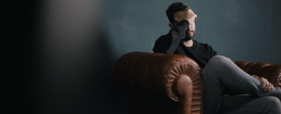 #MentalHealthAwarenessMonth: Bei diesen Anzeichen für Burnout wird es Zeit die Notbremse zu ziehen