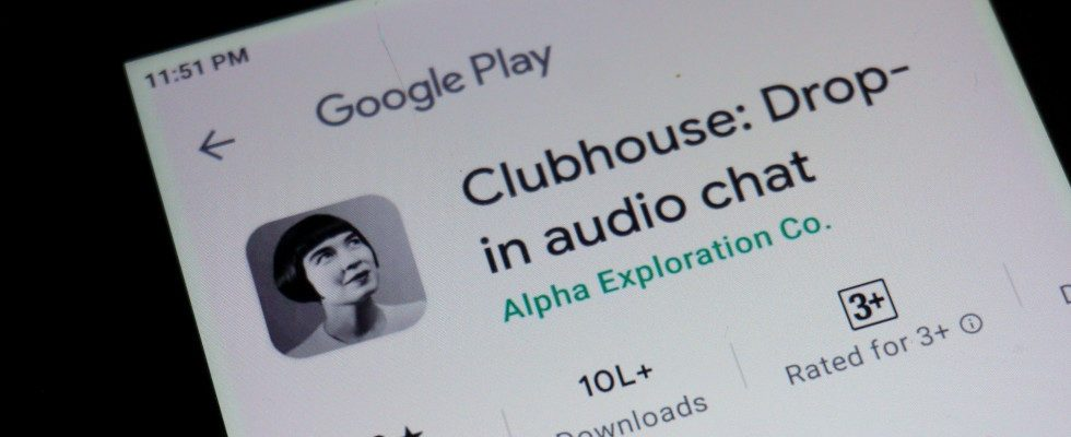 Clubhouse leakt versehentlich eigenes Messaging Feature