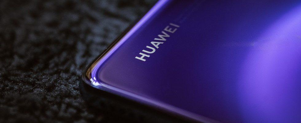Neues Betriebssystem: Huawei rollt Android-Ersatz aus