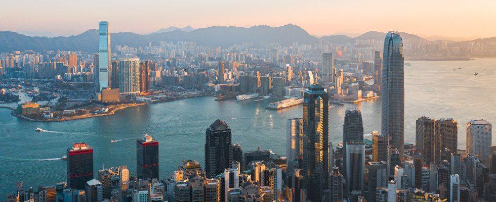 Rückzug aus Hong Kong: Twitter, Google und Facebook könnten Geschäfte in China einstellen