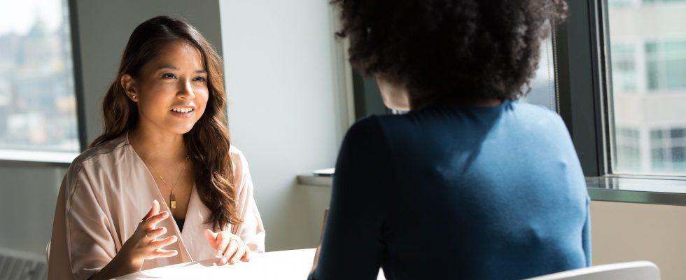 Vorstellungsgespräch: So beeinflussen dein Aussehen und Auftreten wie du wahrgenommen wirst