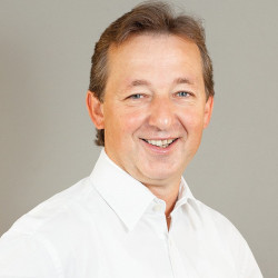 Wolfgang Volz